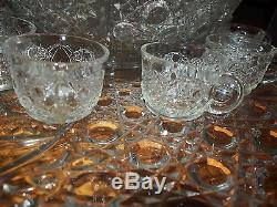 14 Piece L. E. Smith Daisy & Button Clear Glass Punch Bowl Set With PLATTER 24