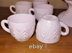 Jeannette SHELL PINK Feather PUNCH BOWL Set 14 Cups & Base