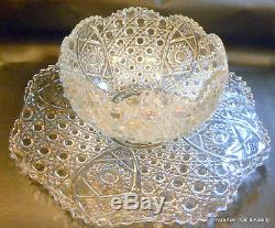 L. E. Smith Daisy Button Clear Punch Set, Bowl under Tray, Glass Ladle & 53 cups