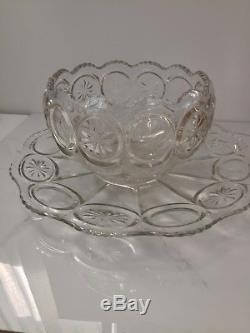 L E Smith Glass Moon & Stars Punch Bowl Set Drinkware with 12 Cups & Underplate
