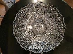 Mint Condition Turn of The Century 12 Cup Punch Bowl on Base