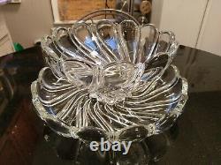 Stunning Punch/fruit Bowl on Platter Gorgeous