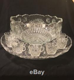 Vintage L. E. Smith (Slewed Horseshoe) Punch Bowl-Plate-12 Cups