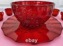 Vintage L. G. Wright Glass Red Paneled Grape Punch Bowl Set With12 Cups & Hooks EC