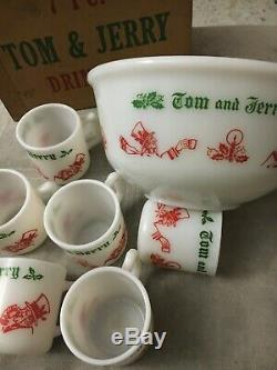 Vintage Tom and Jerry Christmas Punch Bowl 8 Mug Set Hazel Atlas Milk Glass withBX